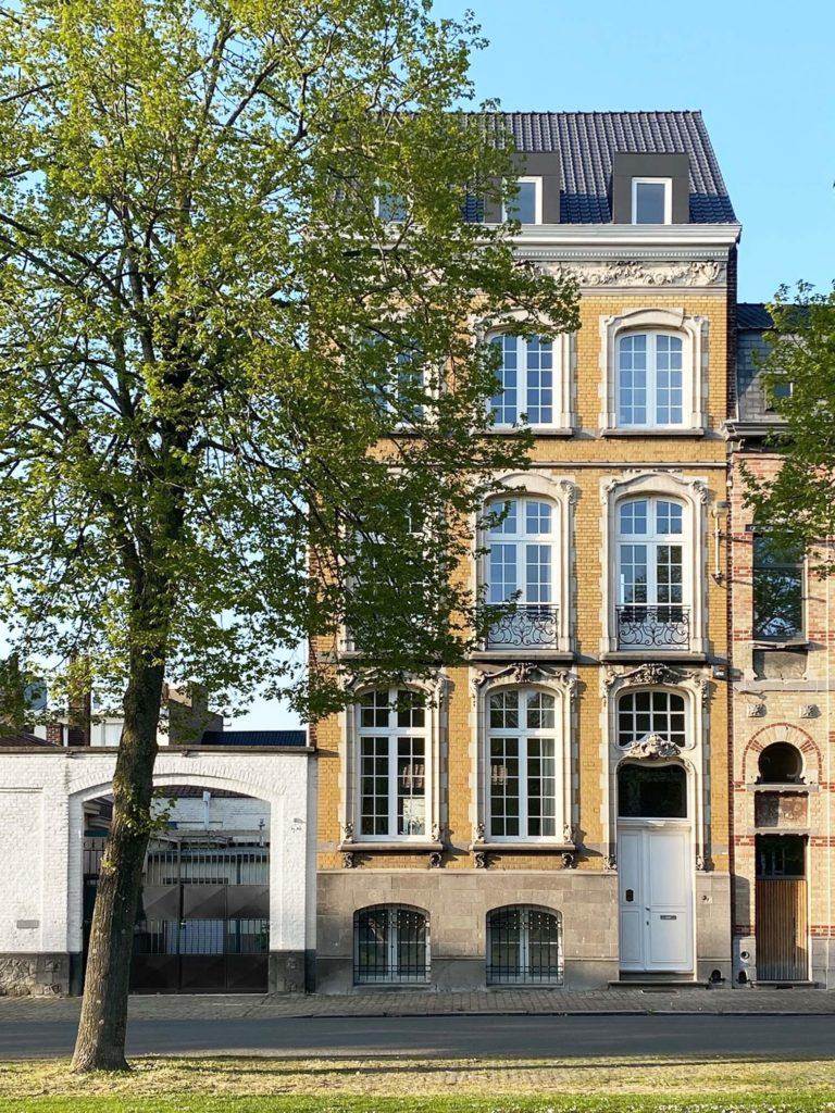 facade_seize_avenue
